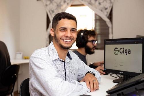 Jovem empresário lança marketplace para pequenos fabricantes de Franca