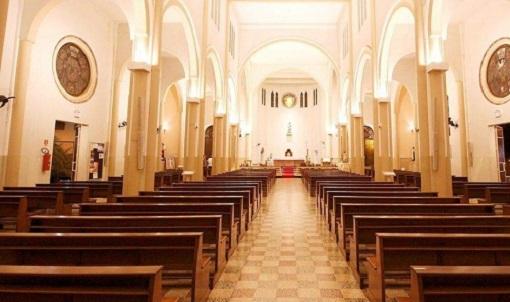 STF mantém proibição para cultos e missas presenciais em SP