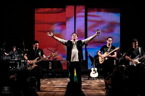Banda Tributo Legião apresenta live em homenagem a Renato Russo; Veja!