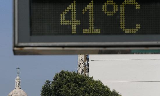 Onda de calor deve permanecer até a segunda quinzena de outubro