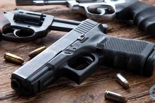 Ministra suspende decretos que facilitam a compra e o porte de armas de fogo