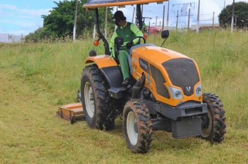 Prefeitura intensifica serviços de limpeza em áreas públicas