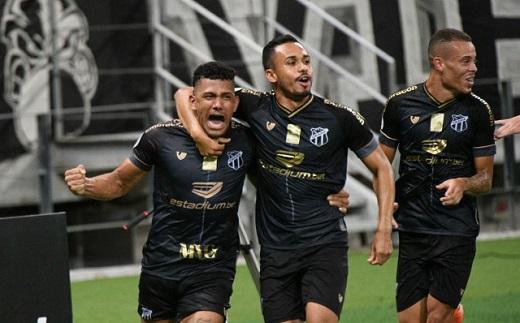 Ceará bate o Corinthians de virada pelo Brasileirão