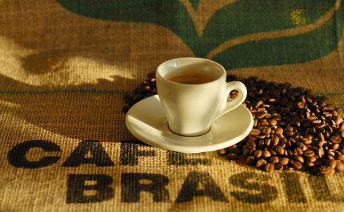 Cafés da espécie arábica atingem 83% e de conilon 17% do faturamento bruto