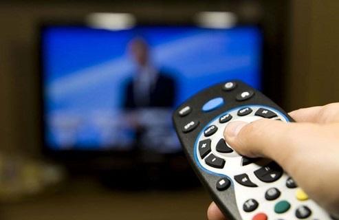 Propaganda eleitoral gratuita  começou nesta sexta (9) no rádio e na TV