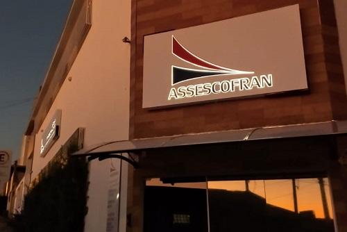 Abertura de empresa demora em média 32 dias em Franca, aponta Assescofran