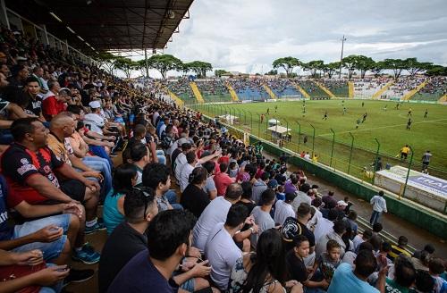 Proibição de torcida no estádio prejudica a Francana e outros clubes