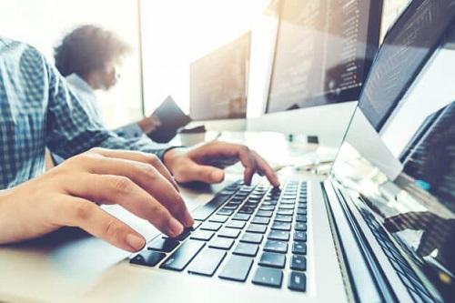Governo de SP oferece 25 mil bolsas de estudo gratuitas para cursos de tecnologia