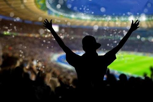Torcedores poderão voltar aos estádios após aval do Ministério da Saúde