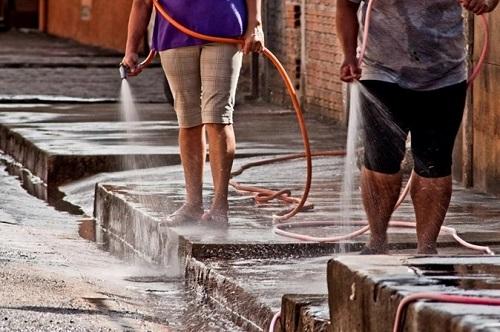 Devido à falta de chuvas, Sabesp pede à população economia de água em  Franca