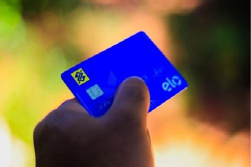 Banco do Brasil e Caixa encerram parceria para uso de serviços em lotéricas