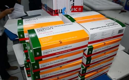 Saúde indica reserva de vacina para aplicação da segunda dose