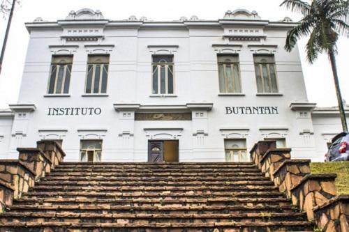 Governo acusa Ministério da Saúde de omitir falha e responsabilizar Butantan