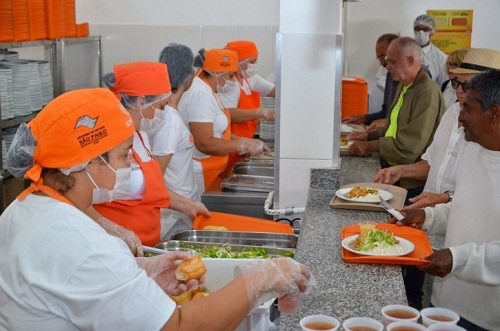 Governo de SP prorroga refeições do Bom Prato até dia 31 de julho