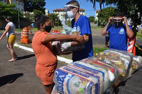 Região do Leporace é a primeira a receber cestas básicas