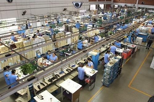 Produção de calçados caiu 21,8% e exportação teve baixa de 18,6% em 2020