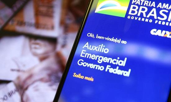 Auxílio emergencial não será estendido em 2021, diz Paulo Guedes