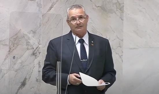 STJ decide soltar traficantes e deputado critica 'maconheiros podem ficar felizes'; Veja!