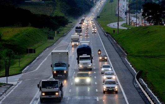 Tráfego de usuários em rodovias de São Paulo cresce 15% em agosto