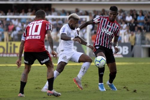 Santos e São Paulo fazem clássico hoje pelo Brasileirão