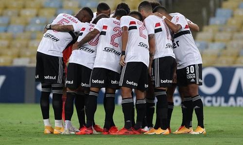 São Paulo empata com Athletico-PR e segura liderança do Brasileiro