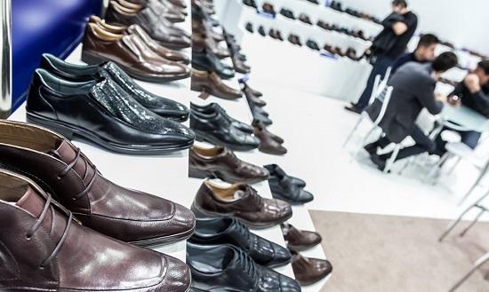 Exportações de calçados caíram 32,7% até agosto, diz Abicalçados