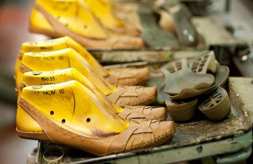 Feiras calçadistas internacionais apostam em plataformas digitais