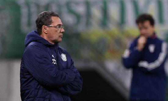 Vanderlei Luxemburgo é demitido após derrota do Palmeiras para o Coritiba