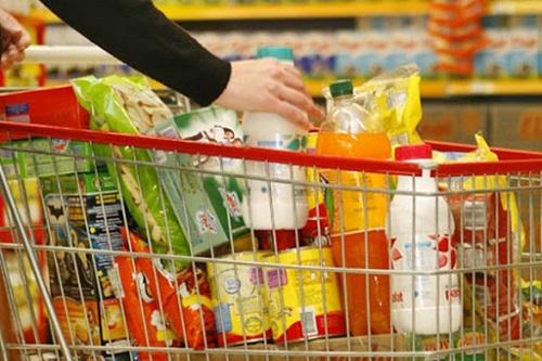 Com gasolina, carne e arroz mais caros, Brasil tem maior inflação para setembro desde 2012