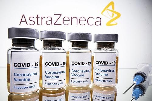 Vacina Oxford-AstraZeneca tem benefícios que superam riscos, diz OMS
