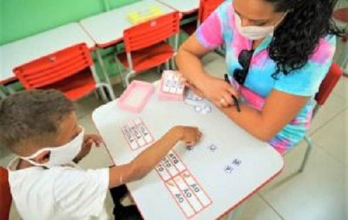 Estado confirma que 60% dos alunos previstos voltaram às aulas